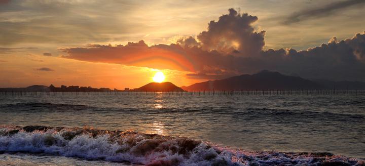 海边早上好图片