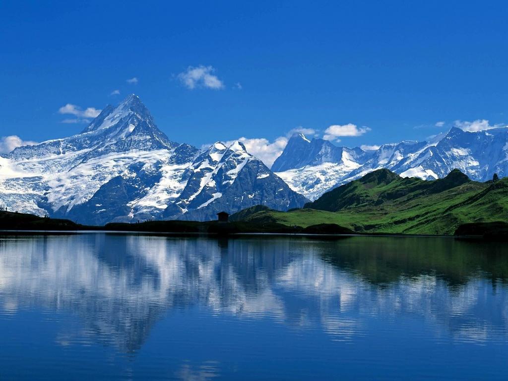 香格里拉优美风景图