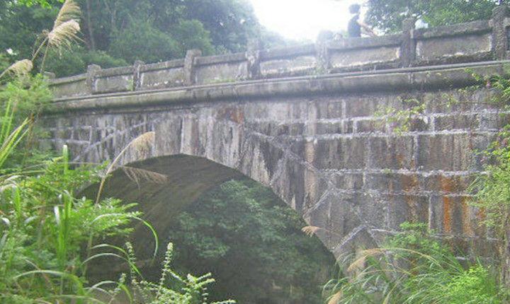 中国最早的榫卯结构石拱桥