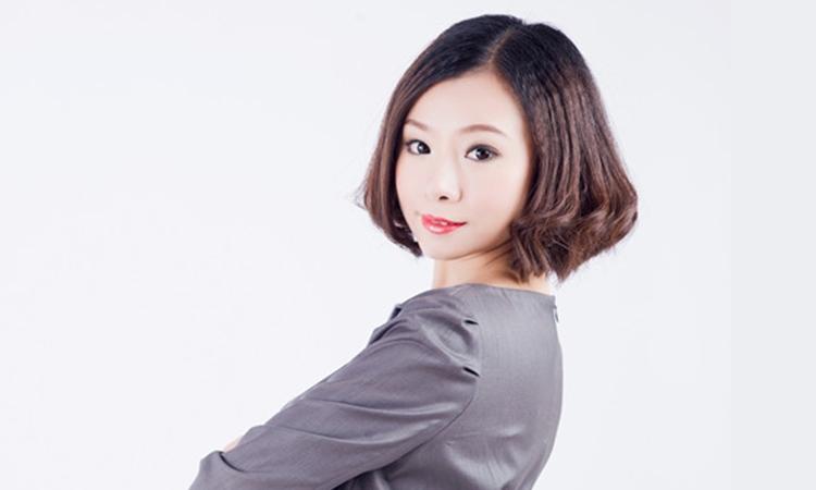 职业咨询师、生涯教练、形象礼仪培训师 田振敏